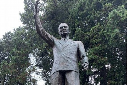 statua De Gasperi Matera
