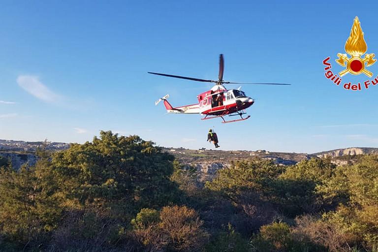 Elicottero dei vigili del fuoco