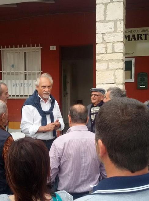 Emergenza rifiuti a La Martella, Zoccali incontra gli abitanti del borgo